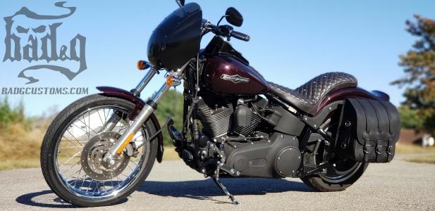 Universal Hard Leather Saddlebags US01