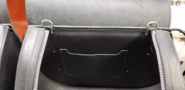 Indian Scout Hard Leather Saddlebags IS01